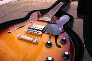 chitarre-semi-acustiche