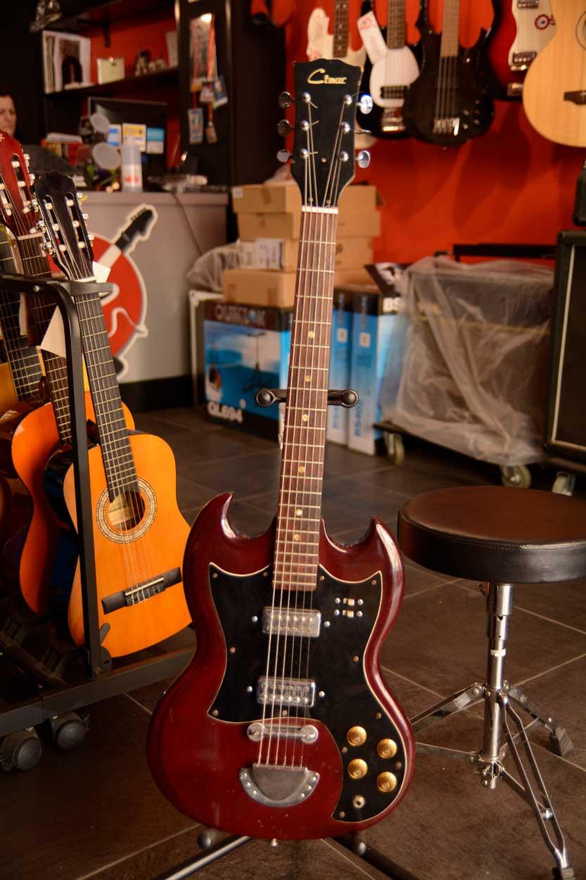 Chitarra elettrica Cimar tipo SG (USATO)