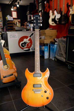 Chitarra elettrica Vox tipo SG